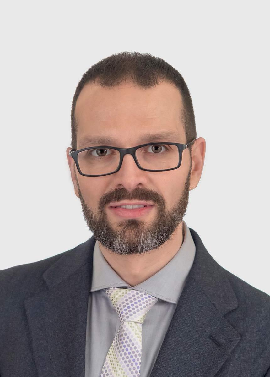 DANIEL MACARRILLA