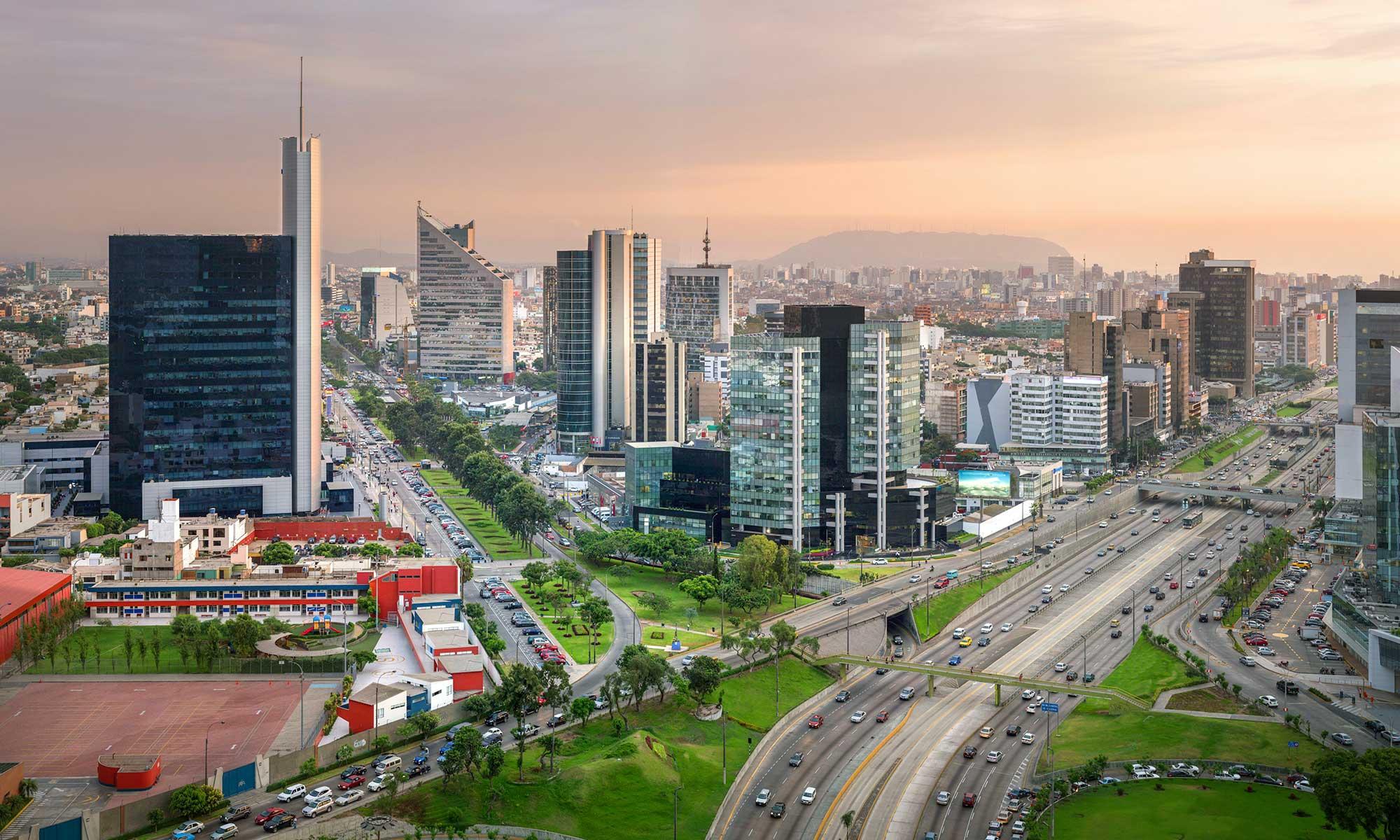 LUCA Transit: Diseñando el plan de transporte urbano de Lima y Callao