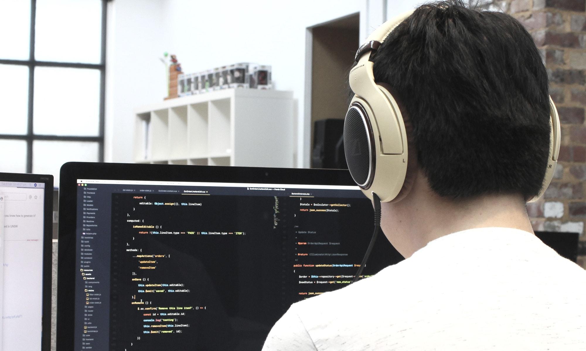 Aprende a crear este sistema de IA de forma muy sencilla utilizando la herramienta QA Maker